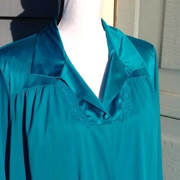 Vanity Fair Intimates & Sleepwear | Gown With Matching Robe | Poshmark